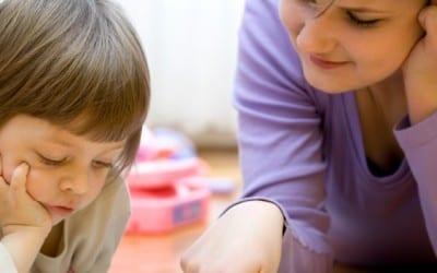 Dans quels cas mon enfant doit-il consulter un orthophoniste ?